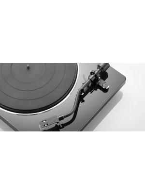 Denon DP-400 Black - Belt Drive + Δώρο Ortofon Record Brush Red αξίας 29ε